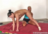 female naked workouts